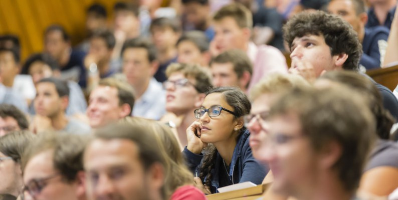 Recruiting international students: How to stay competitive